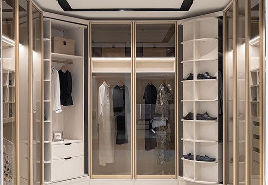 gallery-walk-in-closets-2